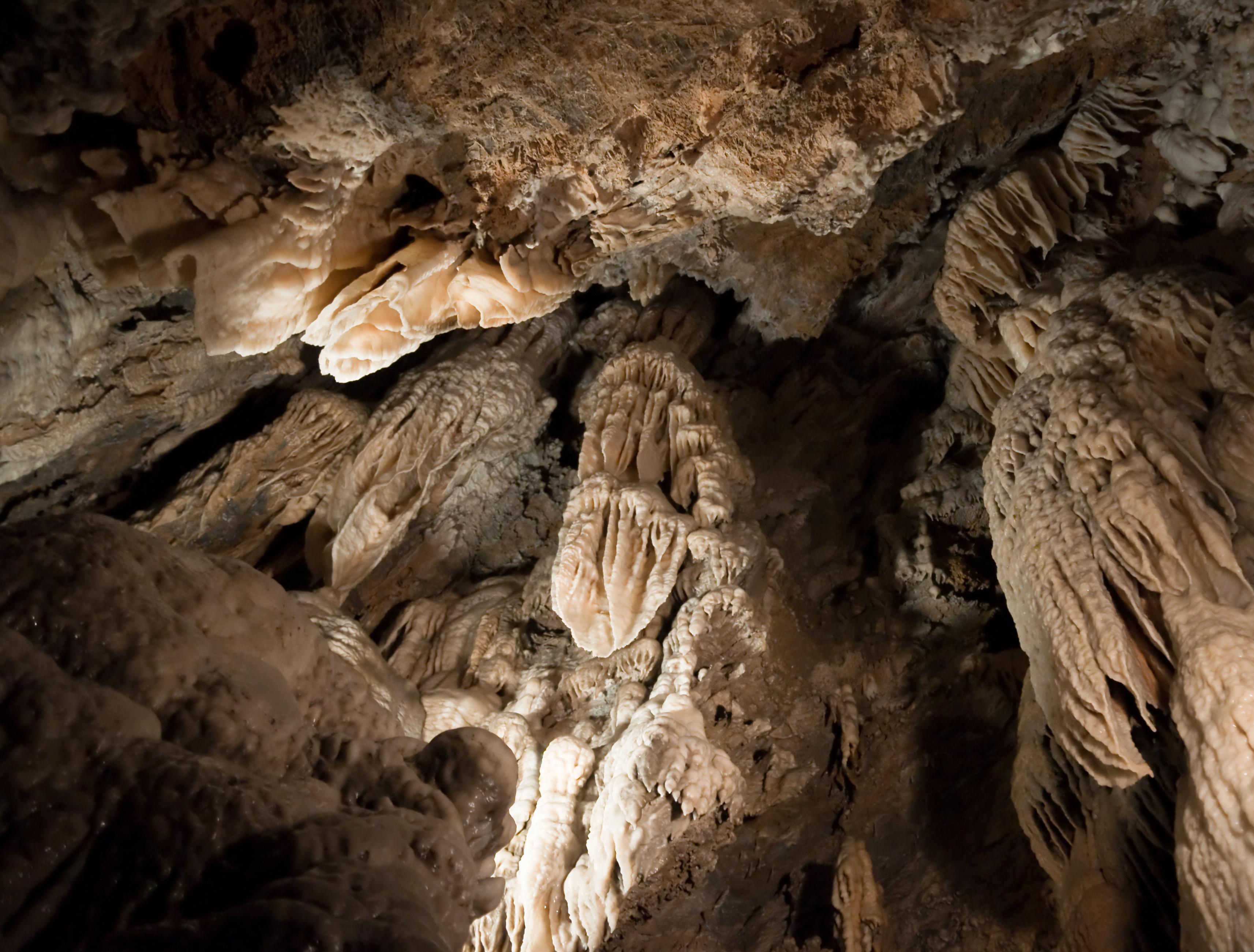 Grotta_del_Vento_01